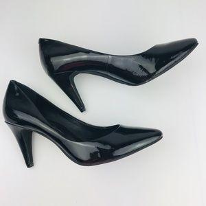 Jessica Simpson 6 B 36 Black Patent 3 inch Heels